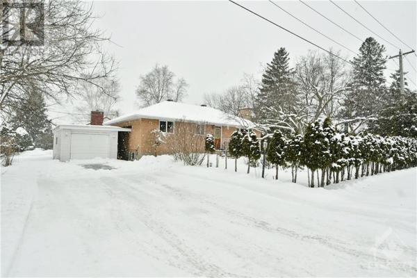 43 CORDOVA STREET, Ottawa