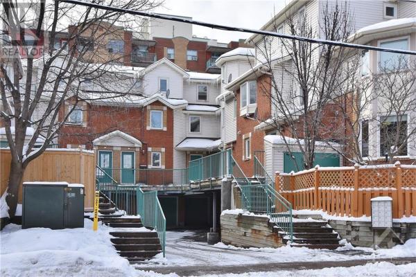 5 BARNSLEY PRIVATE, Ottawa