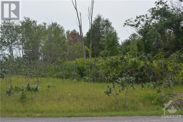 85 CARDEVCO ROAD, Ottawa