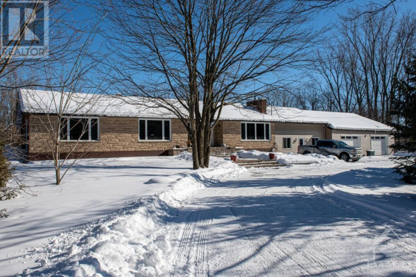 1279 SALE BARN ROAD, Greely