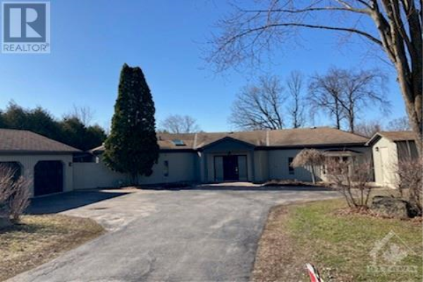 2696 RIVER ROAD, Manotick