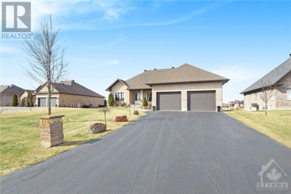 7333 BLUE WATER CRESCENT, Greely