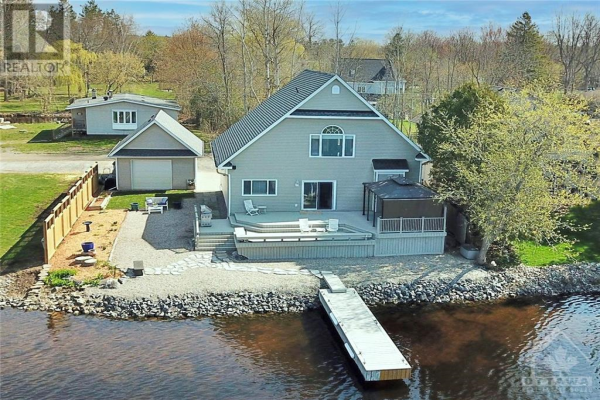 2146 KELWING LANE, Manotick