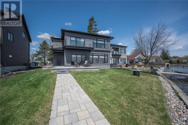 6856 WILLOW BAY ROAD, South Glengarry