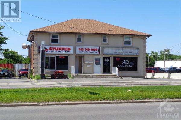 910 ST LAURENT BOULEVARD, Ottawa