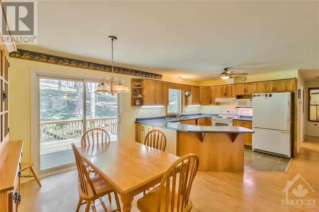 Listing 1239421 - Thumbmnail Photo # 7