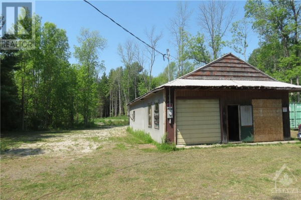 2102 COUNTY 44 ROAD, Spencerville