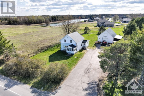 1558 STAGECOACH ROAD, Greely