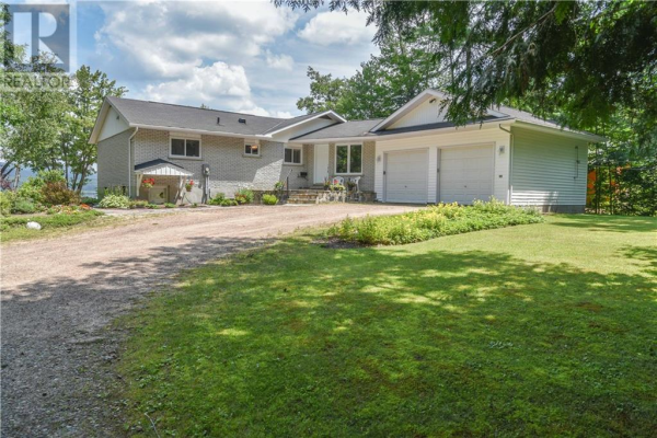150 PINE POINT ROAD, Deep River