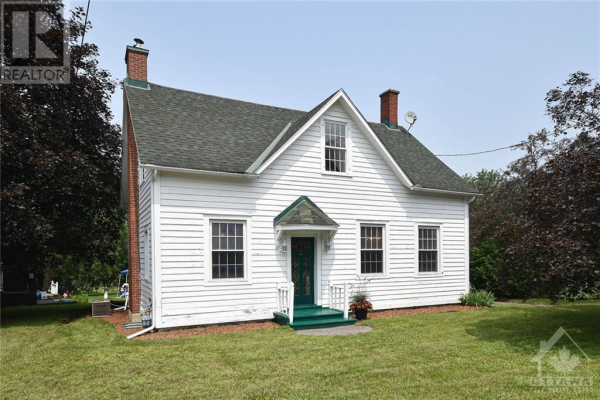 2629 OLD MONTREAL ROAD, Cumberland