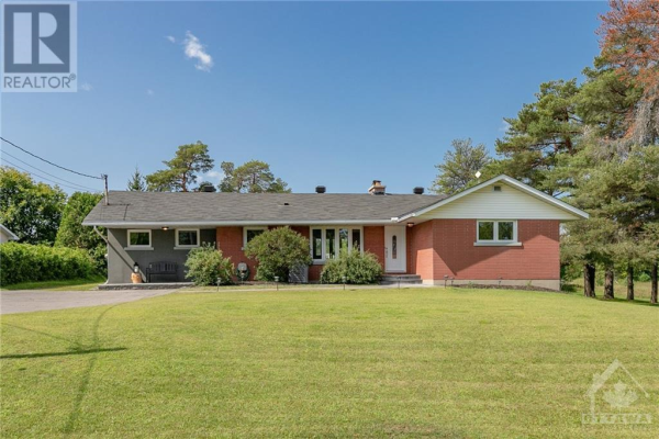 4624 ALBION ROAD, Greely