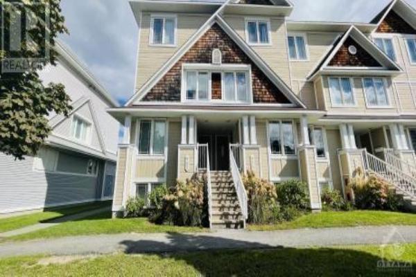 438 HILLSBORO PRIVATE, Ottawa