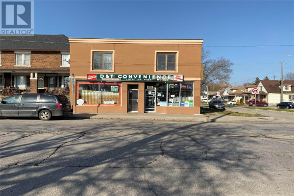 1402 WYANDOTTE West, Windsor