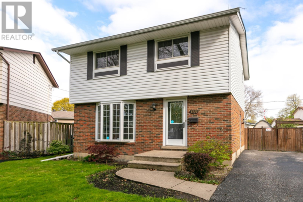 3536 WOLFE COURT, Windsor