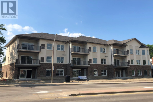 480 FAIRVIEW BOULEVARD Unit# 102, Windsor