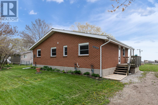 162 LAKESHORE, Leamington