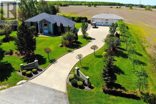 53 COUNTY RD 46, Lakeshore