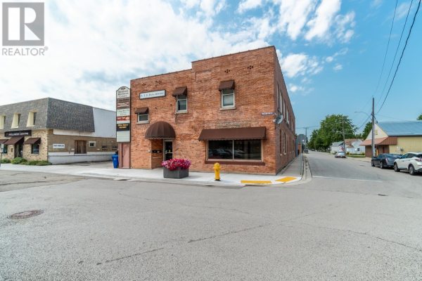 206 Wellington STREET, Wallaceburg