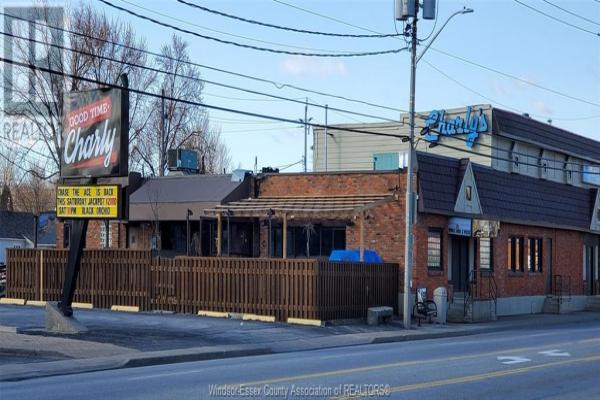 4715 TECUMSEH ROAD East, Windsor