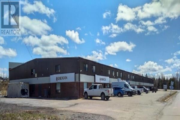 100 MacGregor Avenue, Stellarton