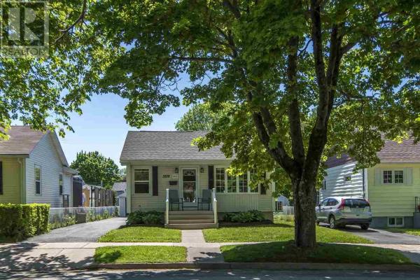 3208 & 3210 Connaught Avenue, Halifax