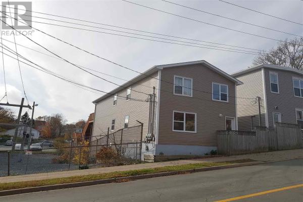 1 Maple Street, Dartmouth