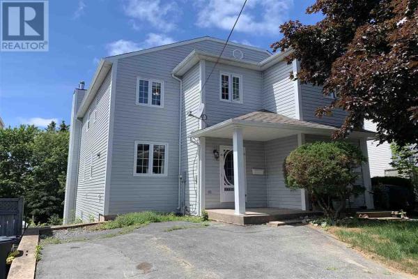 75 Andover Street, Dartmouth
