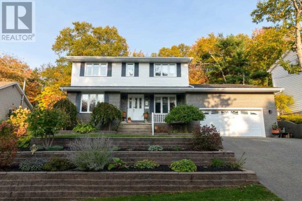 117 Brentwood Drive, Bedford