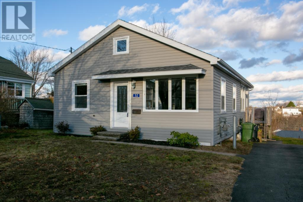 52 Joffre Street, Dartmouth