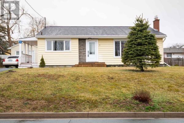 31 Lawson Avenue, Dartmouth