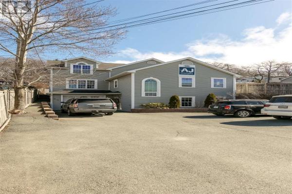 340 Windmill Road, Dartmouth