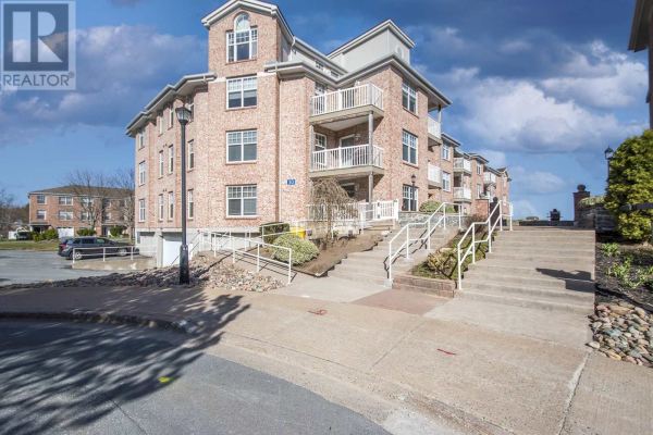 401 30 Waterfront Drive, Bedford