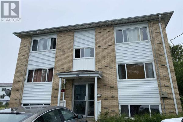 16 Lynnett Road, Halifax