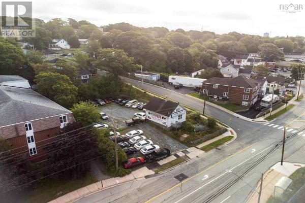 352/354 Windmill Road, Dartmouth