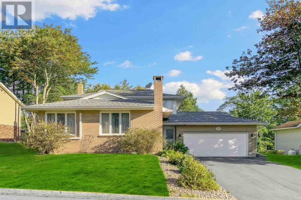 122 Crestwood Place, Colby Village