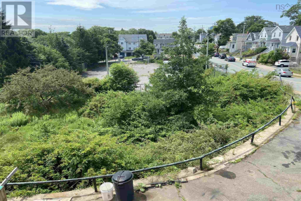 60 Thistle Street, Dartmouth