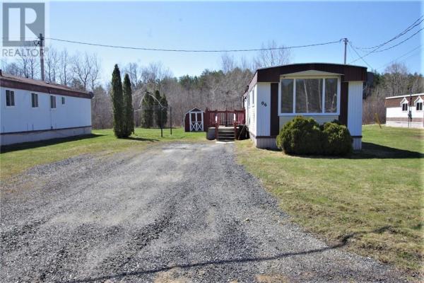3727 Dill Lake Road Unit# 6, Sudbury