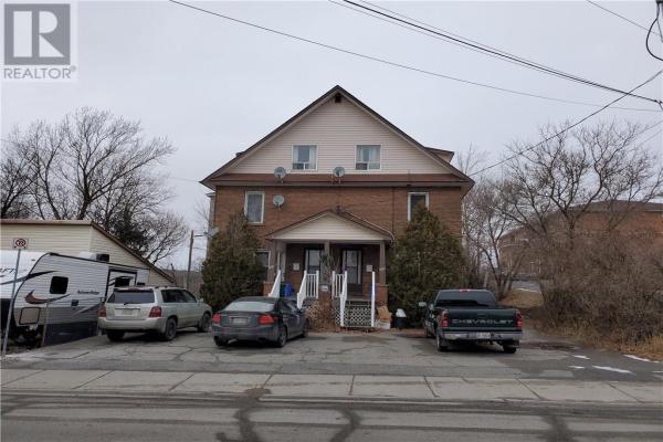 366-368 Pine Street, Sudbury