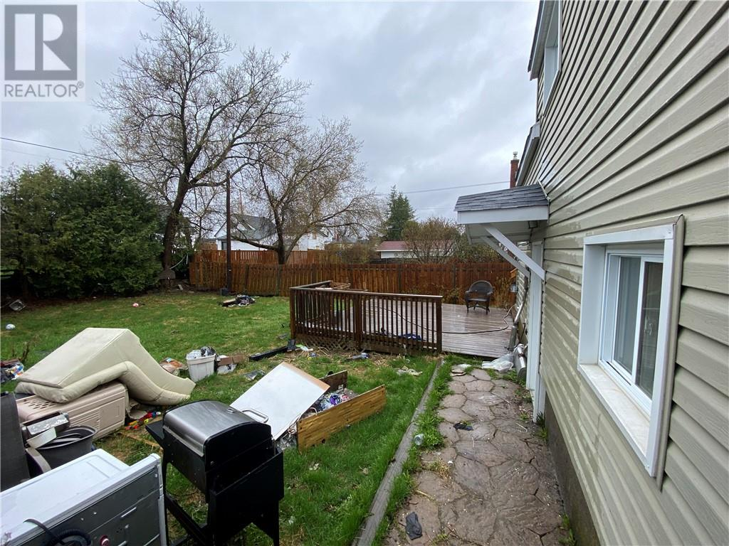 Listing 2094839 - Thumbmnail Photo # 22