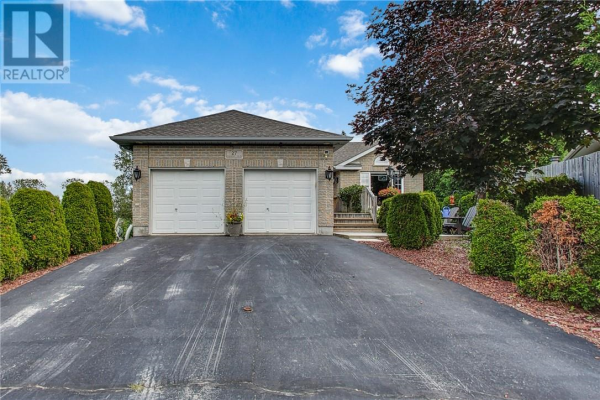 27 Cranberry Court, Lively
