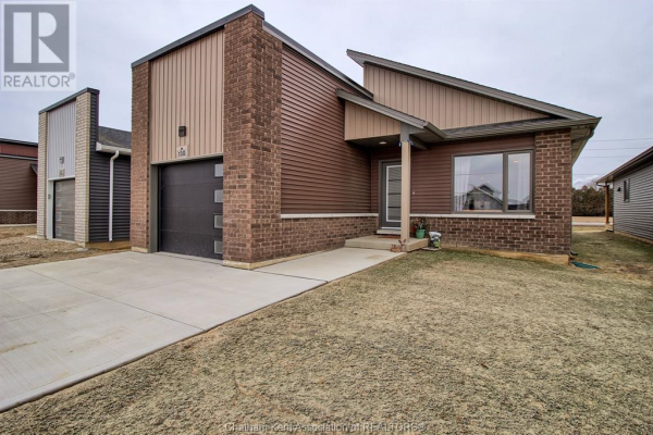 130 Moonstone CRESCENT, Chatham