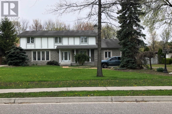 389 RUSSELL WOODS ROAD, Lakeshore