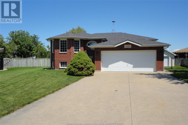 133 FAY COURT, Belle River