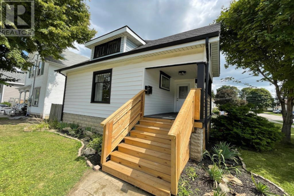 58 FOREST AVENUE, Chatham