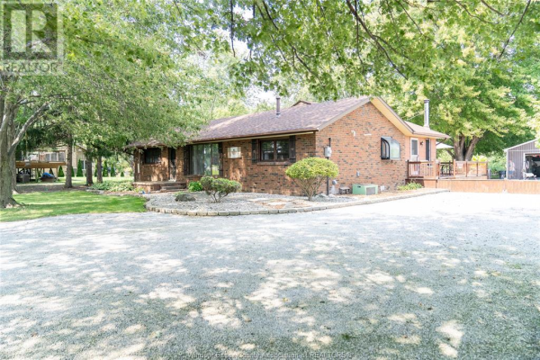 452 COUNTY RD 46, Lakeshore