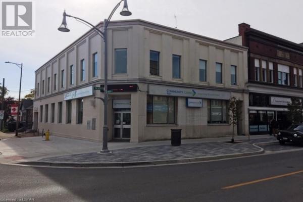 400-408 TALBOT Street, St. Thomas