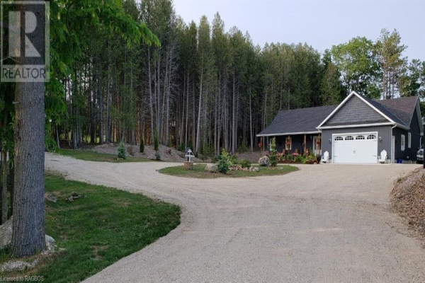 131 HIGHLAND DRIVE, West Grey