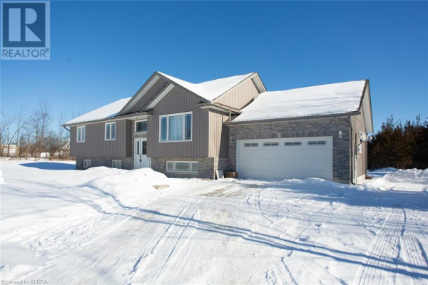 100 COUNTY ROAD 49, Trent Lakes