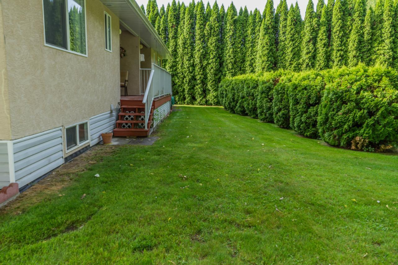 Listing 2452520 - Thumbmnail Photo # 3