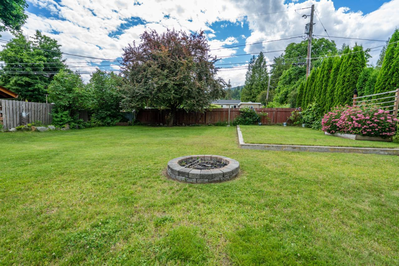 Listing 2453067 - Thumbmnail Photo # 9